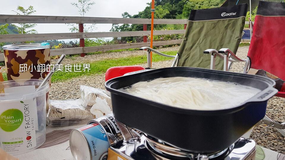 天湖露营最佳美食-老妈拌面之胡椒麻酱口味