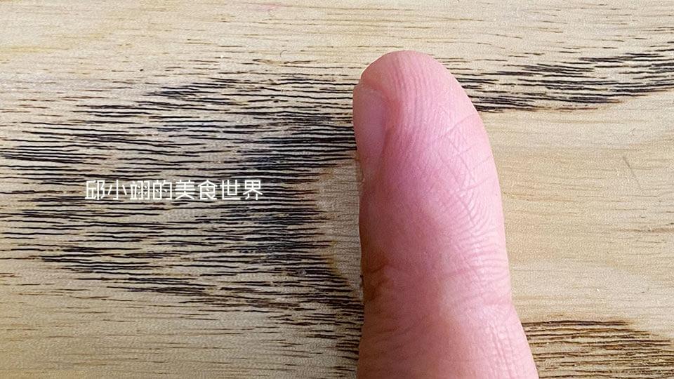 天呀!乾裂破皮完全消失,真是一款舒緩又滋潤的育膚聖品